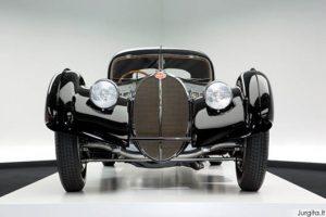 Auto rojus Ralph Lauren'o garaže
