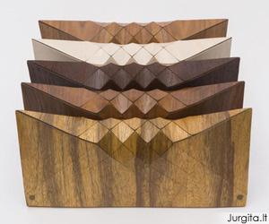 Elegantiškos, klasiškos ir vienetinės medinės rankų darbo delninės
