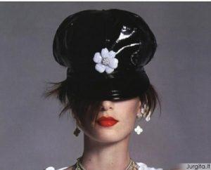 Madingiausi galvos apdangalai pagal Lady GaGa
