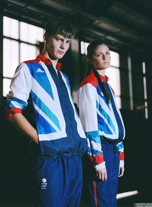 Mada + sportas. Armani, Prada, Hermès, Ferragamo ir Stella McCartney uniformos