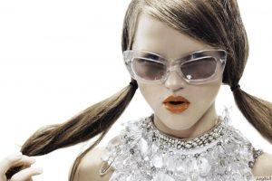 Karščiausios akinių nuo saulės mados naujienos