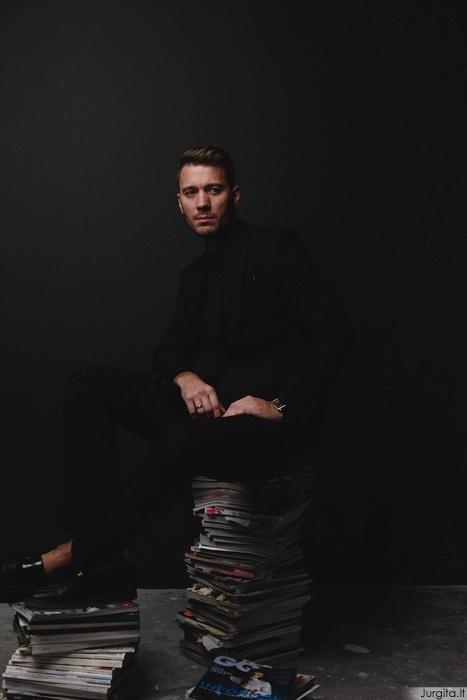 Geriausias 2011 ir 2012 m. pasaulio vyrų kirpėjas - Raimondas Pasternackis, atveria nuosavos kirpyklos duris Vilniuje
