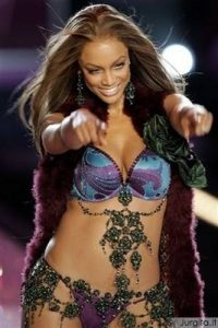 Naomi Campbell vs Tyra Banks: nesibaigiančios supermodelių kovos