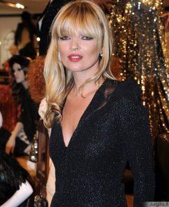 Kate Moss - talentinga dizainerė ir plaukų stilistė (?!)