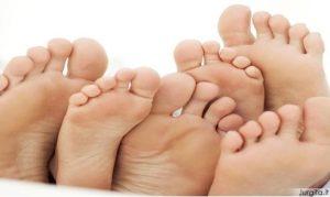 Natūralūs prakaituotų pėdų gydymo būdai